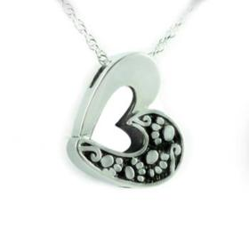 Heart with paws pendant urn