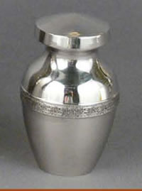 Marquis Brass Keepsake Cremation Urn