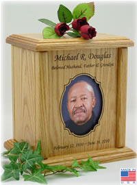 Scalloped Oval Photo Frame Wood Cremation Urn