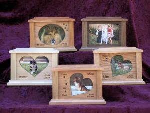 Natural Wood Pet Cremation Urn