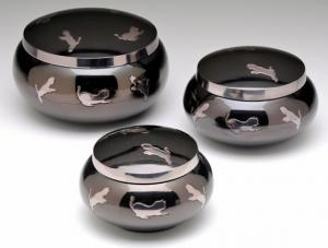 Brass Cremation Urns Shiny Black with Leaping Cats