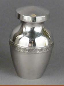 Marquis Brass Keepsake Cremation Urn