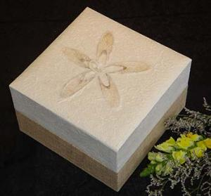 Biodegradable Cremation Urn Embrace White Hemp